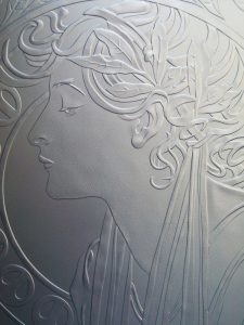 アール・ヌーボー硝子彫刻
